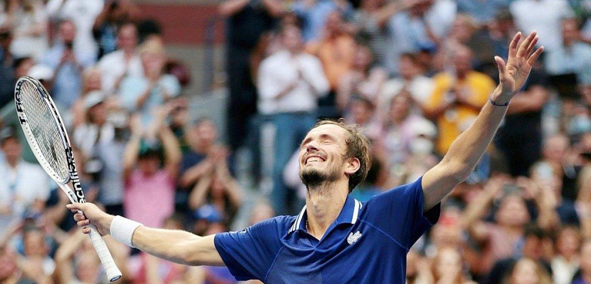 US Open: Medvedev brise le rêve de Djokovic et écrit enfin sa propre histoire
