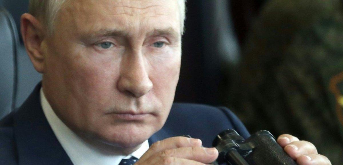 Cas contact Covid, Poutine s'isole et compte sur Spoutnik V