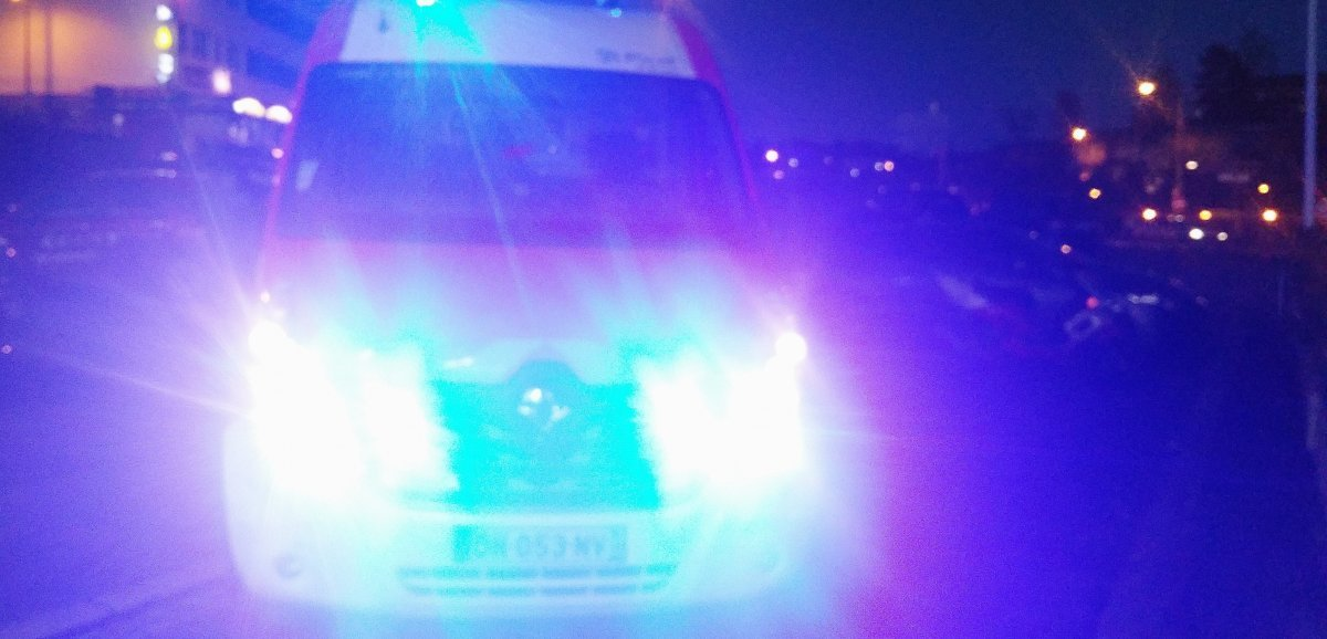 Violente sortie de route: un jeune homme grièvement blessé
