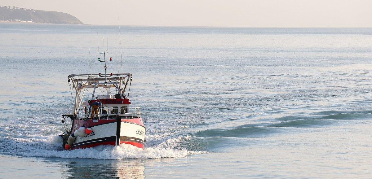 Pirou. Rassemblement desmarins pêcheurs pour faire pression sur Jersey