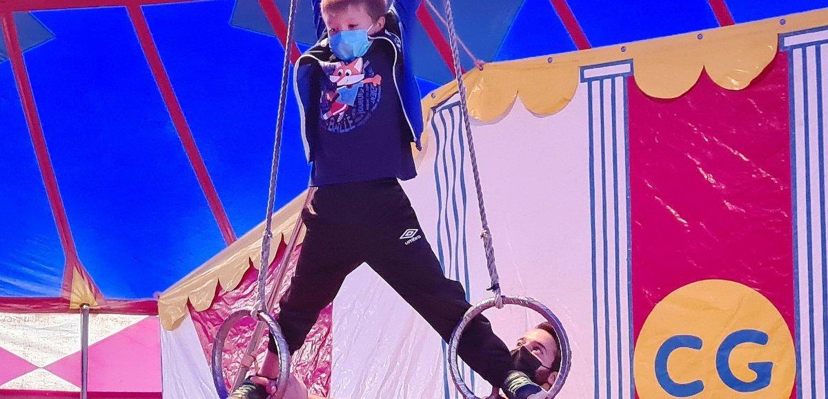Flers. Un cirque s'est installé dans la cour de l'école des Oisillons