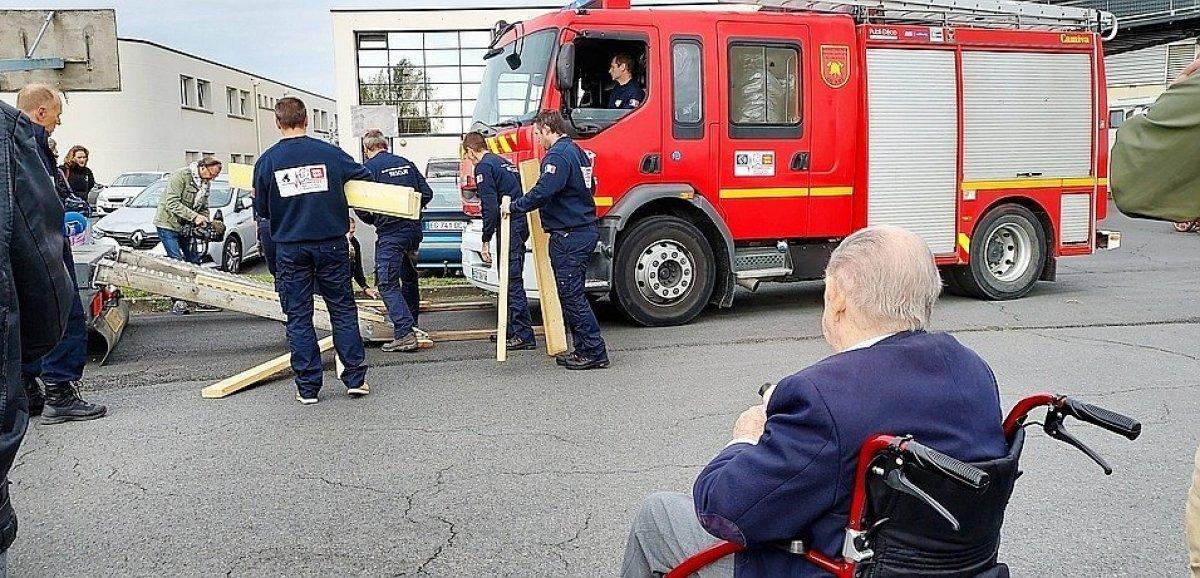 Calvados. Uncamion des pompiers offert à une caserne en Roumanie