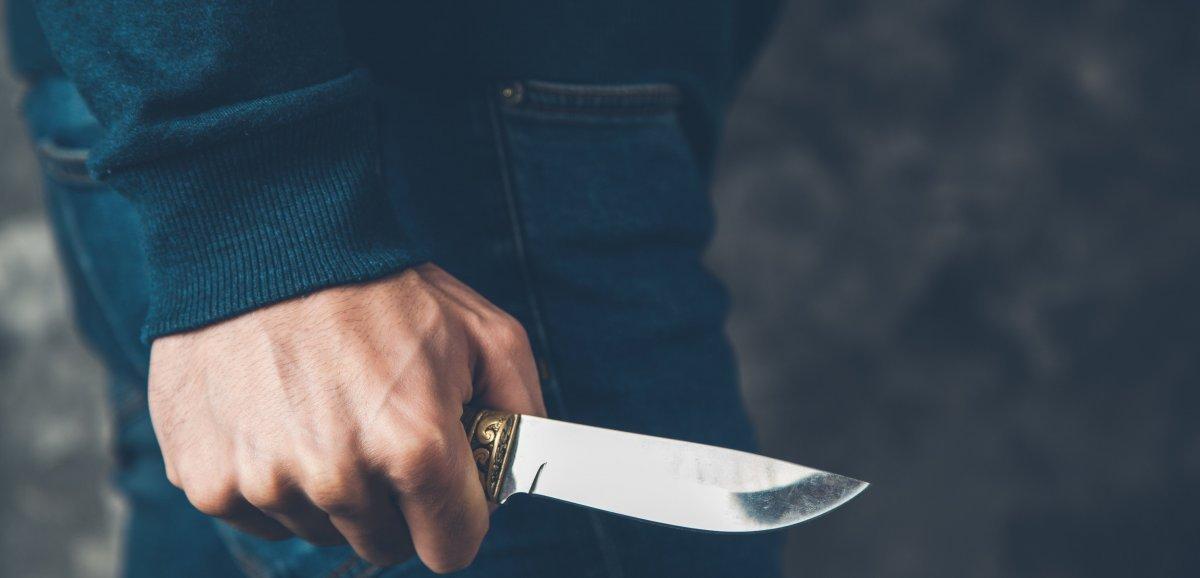 Assises de l'Orne. Il poignarde le compagnon de son ex-femme de 14 coups de couteau
