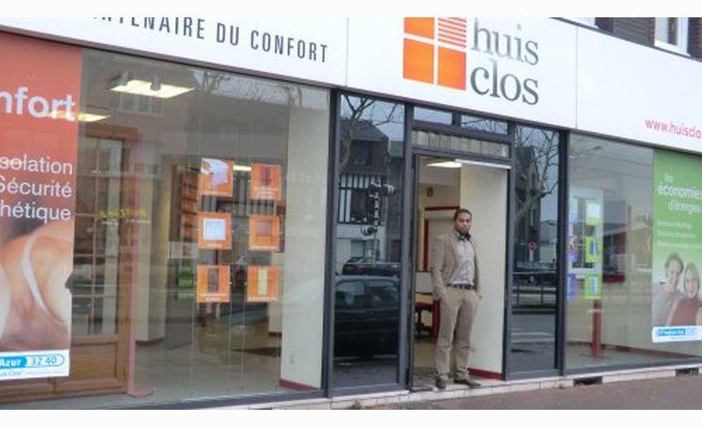 Huis Clos Du Chauffage à La Fenêtre