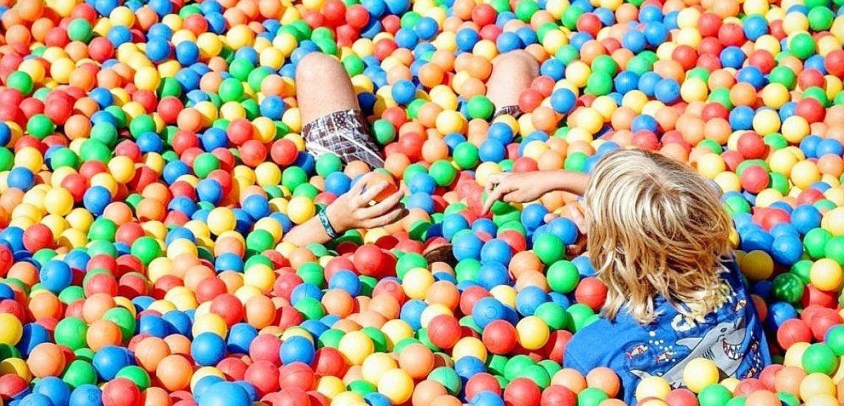[Vidéo] Alençon. Fêtez les vacances avec Parkafun, le parc de jeux gonflables à l'Anova