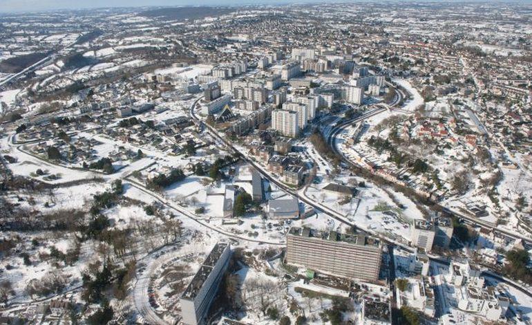 Photos aériennes de Cherbourg sous la neige
