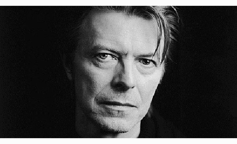 David Bowie disque d'or avec