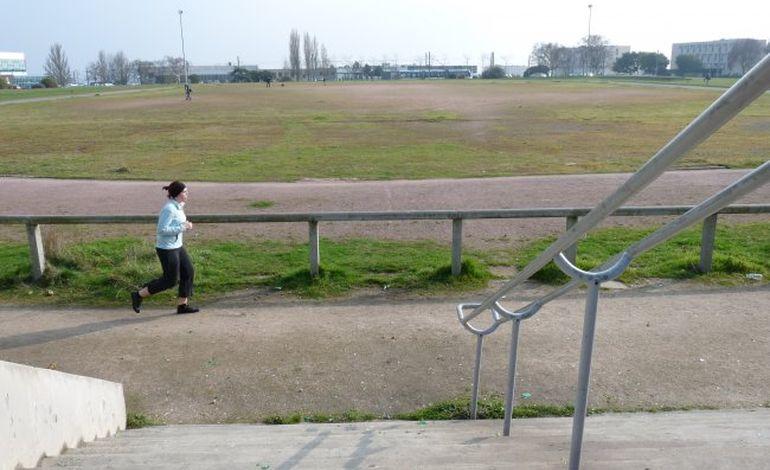 Caen : le plateau sportif du Campus 1, un