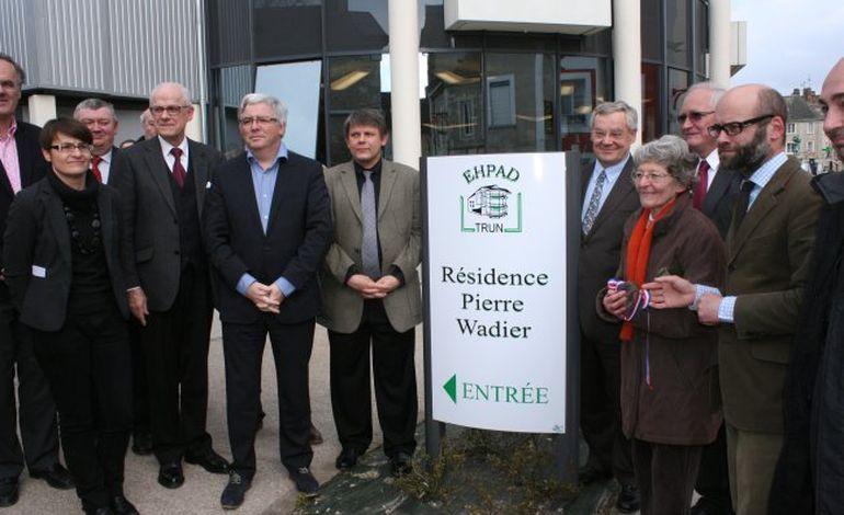 Inauguration de la maison de retraite Pierre Wadier à Trun