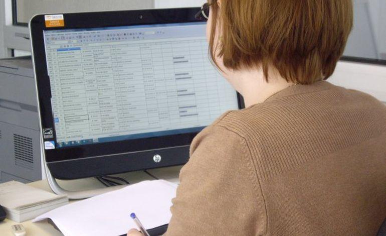 Les jeunes Normands sur les réseaux sociaux... pendant leur travail