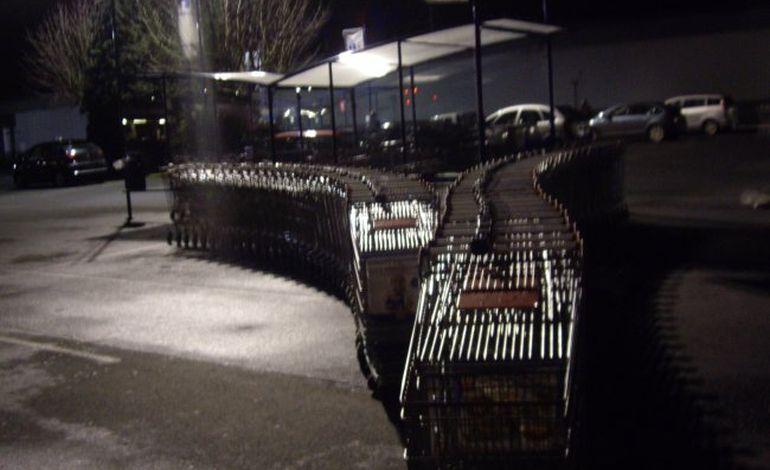 Les Jeunes agriculteurs kidnappent les chariots de Carrefour