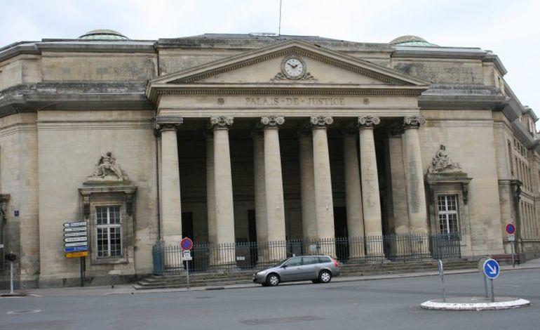 Tribunal de Caen : un mort après un demi-tour sur une bretelle de périphérique