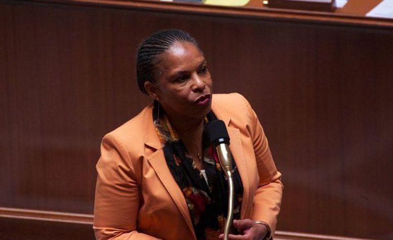 Christiane Taubira vient inaugurer le centre pénitentiaire d'Alençon