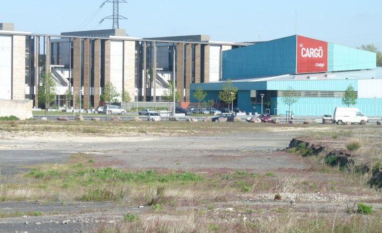 L'architecte de la Presqu'île de Caen dévoilé au conseil municipal