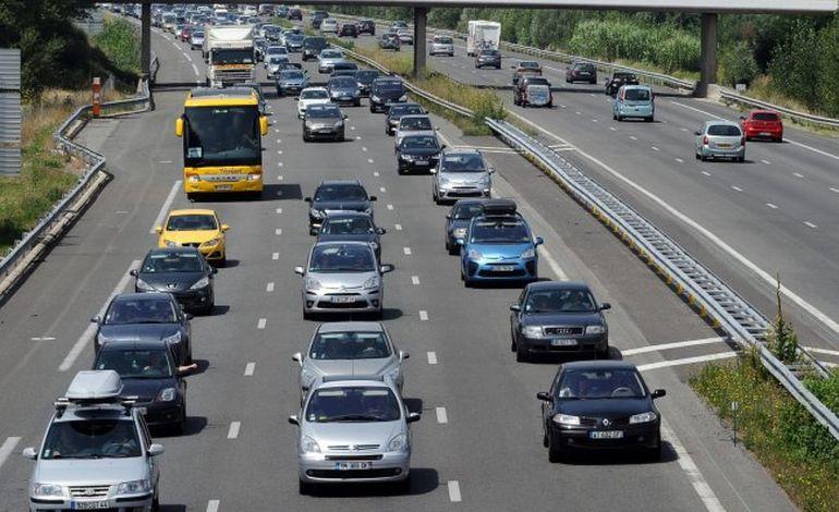Trafic dense sur les routes de Normandie ce dimanche : Bison Fûté voit rouge !