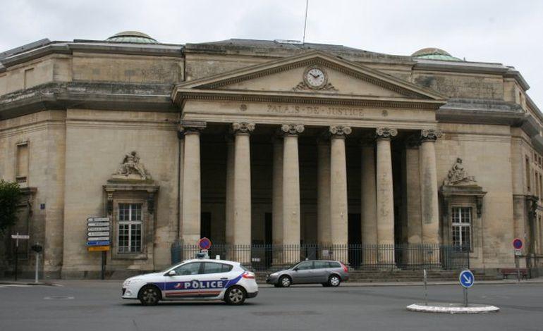 Il traîne un vigile sur 10 mètres : un an de prison à Caen