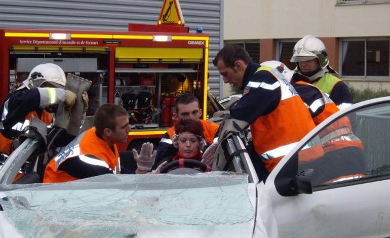 Les sapeurs pompiers séduisent 230 ornais