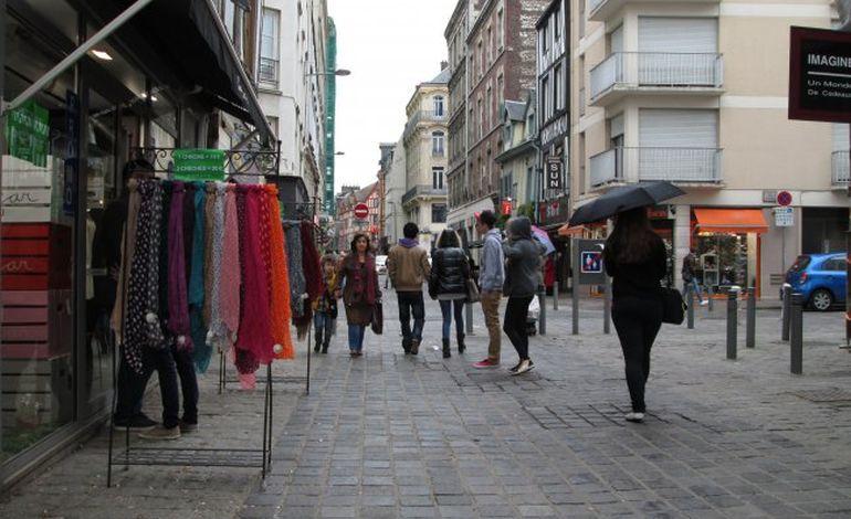 Rouen : flânez à la Braderie de Printemps