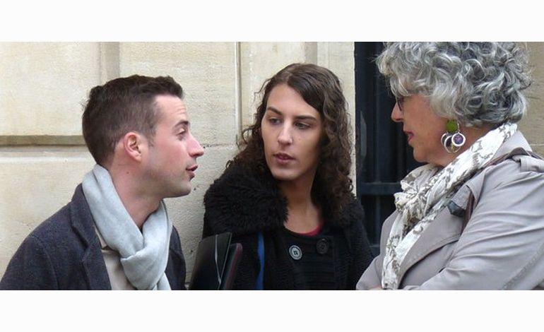 Hollande à Caen, son conseiller reçoit LGBT à la préfecture