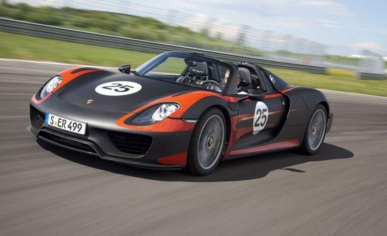 Voiture de rêve, Porsche présente la 318 Spyder