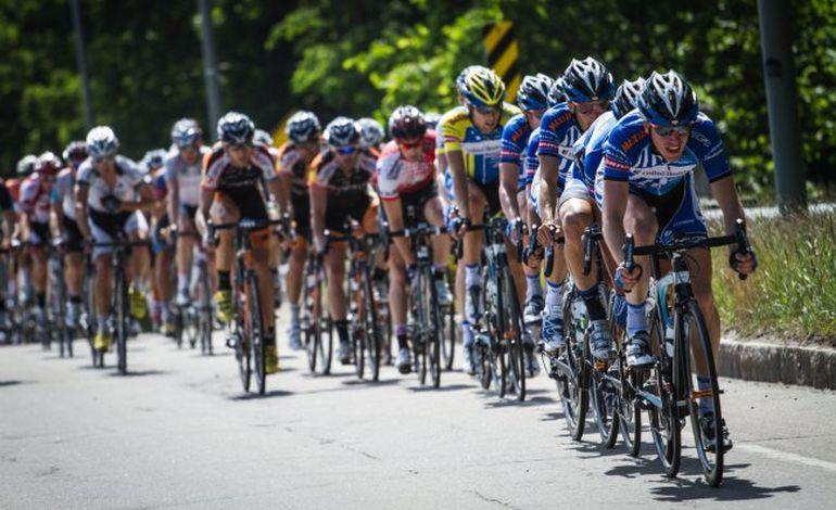 Cyclisme : la 1ère étape du tour de la CAPF remportée par le Manchois Alexandre Marie