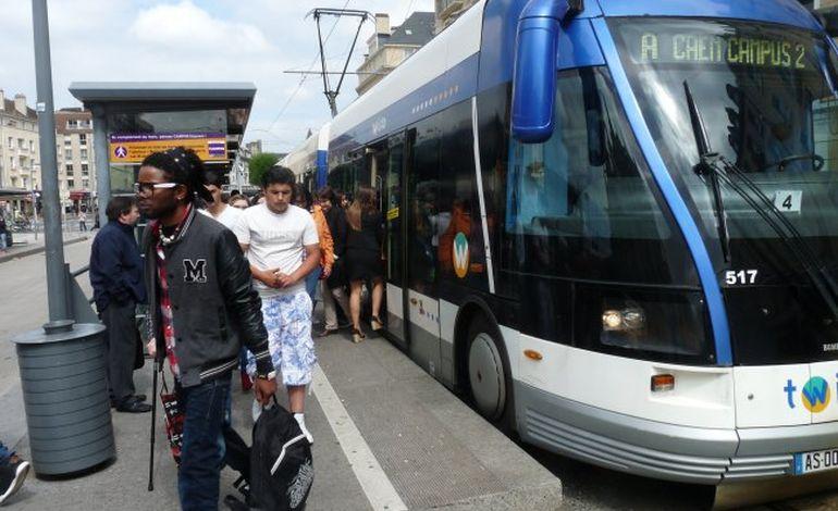 A Caen, le tramway au ralenti : les usagers entre ras-le-bol et détachement