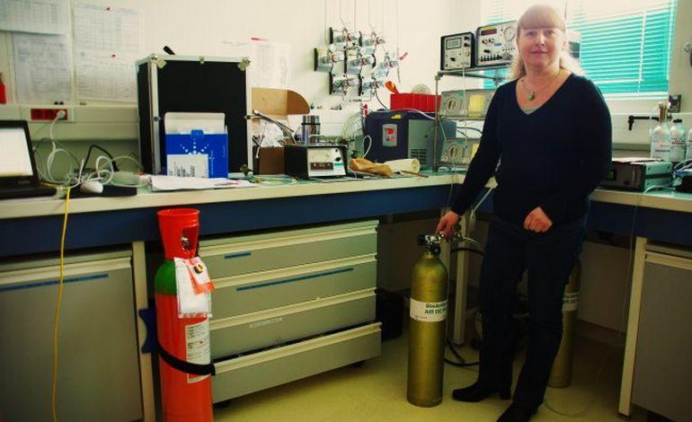 Aline Olivier, responsable d'un labo de la Marine :