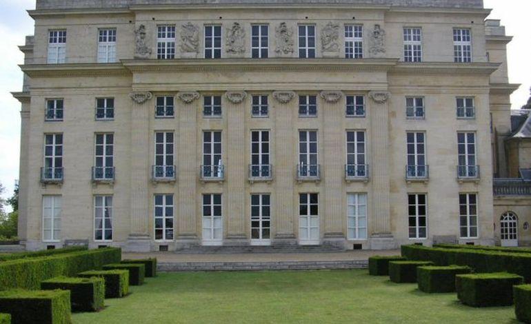 Le château de Bénouville devient l'Institut Européen des Jardins et Paysages