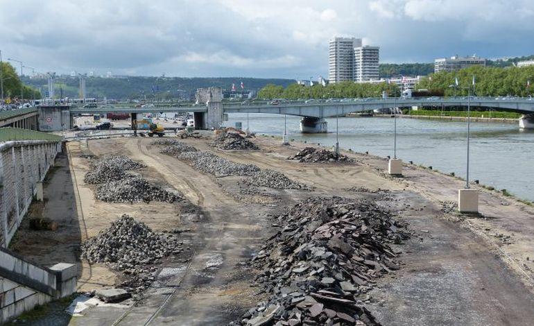 Rouen, quais rive gauche : les pelleteuses cassent enfin la croûte