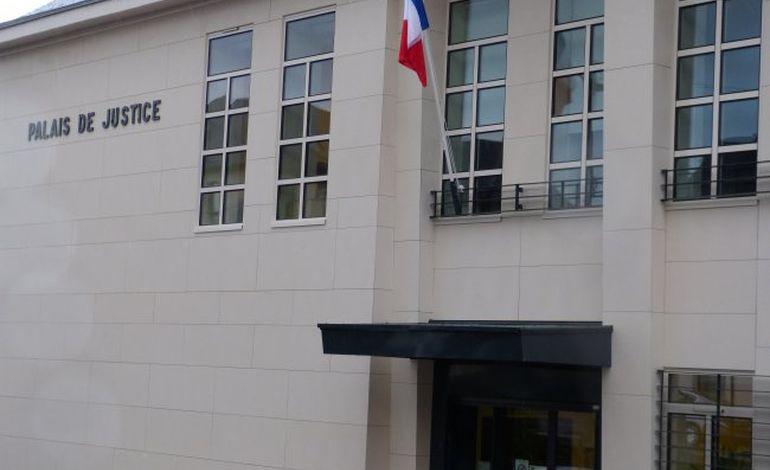 Pirou : prison ferme pour deux jeunes voleurs