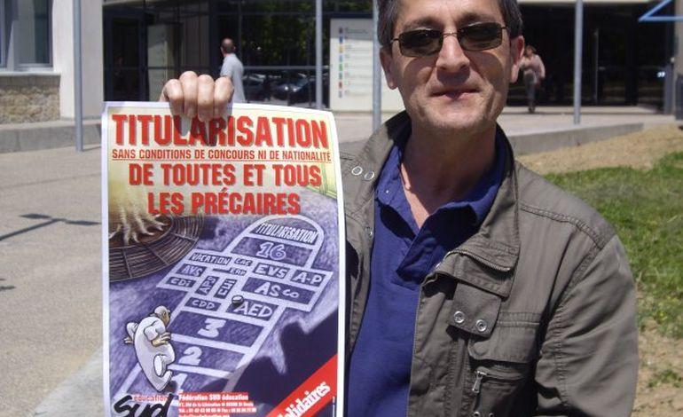 Orne : petite mobilisation contre la précarité à 'Education nationale