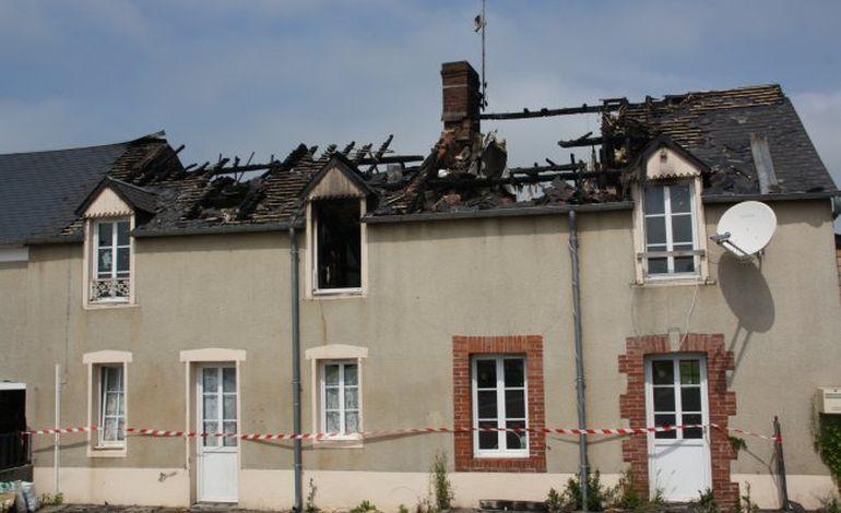 A Neuilly-la-Forêt, la foudre touche un toit : deux maisons sinistrées