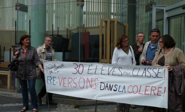 Grève au collège Prévert de Verson : seulement 6 élèves en classe !