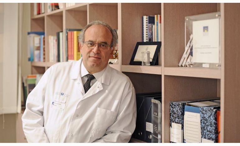 Interview du Pr David Khayat, cancérologue