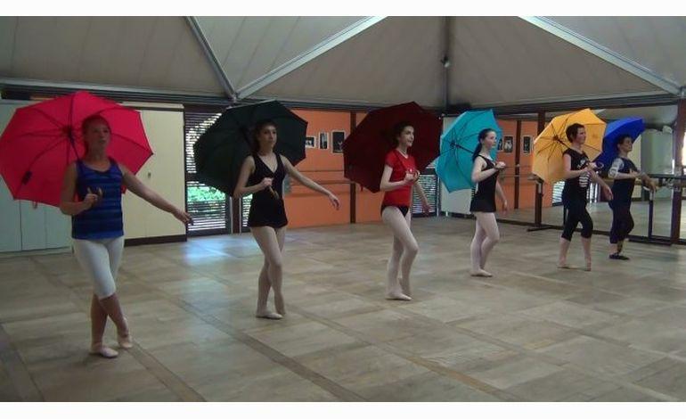 La fête des Parapluies de Cherbourg, c'est ce week-end !