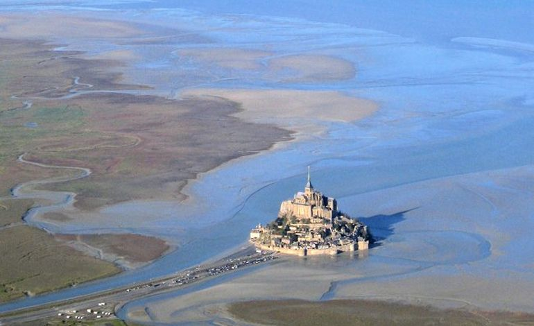 Transdev / Collectif du Mont-Saint-Michel : le tribunal correctionnel de Coutances se délclare incompétent