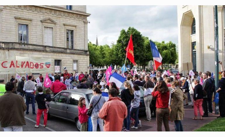 Manifpourtous à Caen : rassemblement de soutien à un militant condamné