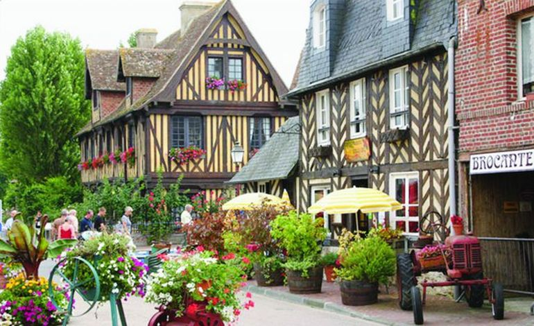 On ne résiste pas à Beuvron-en-Auge, plus beau village de France