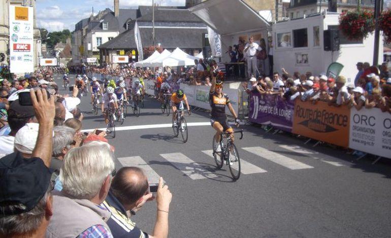 Route de France : Giorgia Bronzini remporte l'étape à Mamers