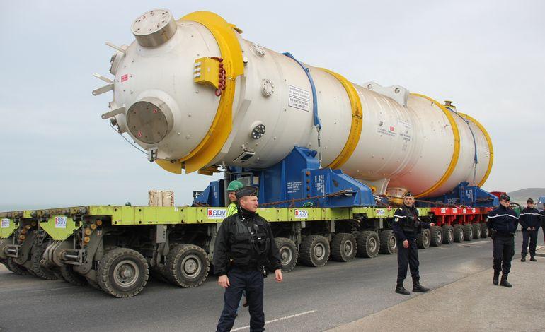 Transport d 39 un g n rateur de vapeur sous haute - Generateur de vapeur ...