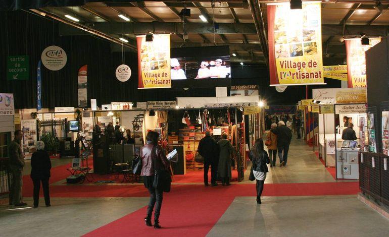 rouen le village de l 39 artisanat ouvre ses portes dans le hall 4 du parc expo. Black Bedroom Furniture Sets. Home Design Ideas