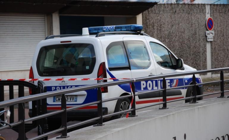Rouen : ils contrefaisaient des téléphones et les vendaient sur Leboncoin