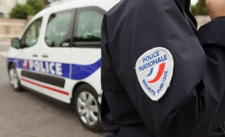 Rouen : il tente de poignarder ses voisins et menace les policiers avec une fourchette