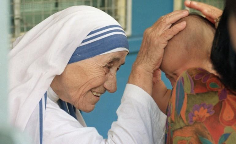 Mère Teresa sera canonisée le 4 septembre