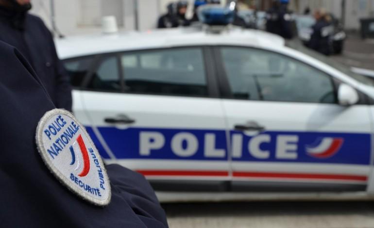 Un conducteur refuse de s'arrêter, deux policiers blessés près d'Elbeuf