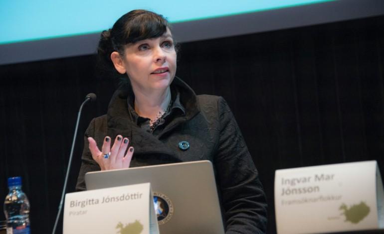 Islande: les Pirates vers une percée historique aux législatives