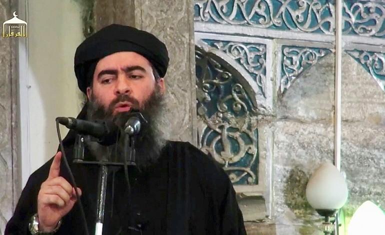 """Le chef de l'EI appelle ses troupes à """"tenir"""" Mossoul"""