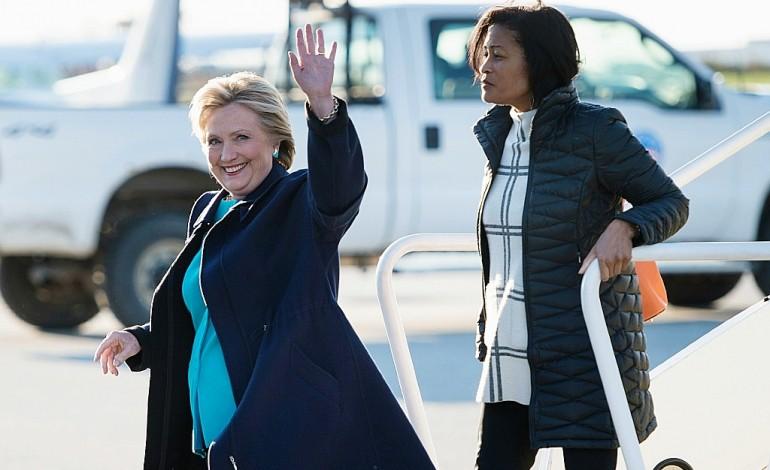 Etats-Unis: rebondissements en série dans la campagne présidentielle