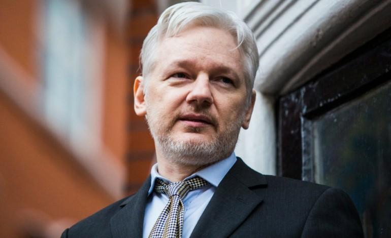 Accusation de viol: Assange entendu par un procureur équatorien
