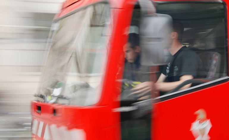 Collision voiture-bus à Rouen : un automobiliste grièvement blessé